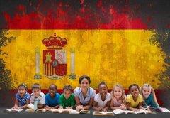 侨外西班牙移民:就读西